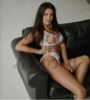 Laura-lou tantra massage in Summerfield